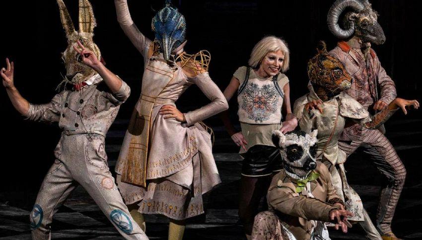 Cirque du Soleil, caduta da brividi durante un'esibizione al trapezio