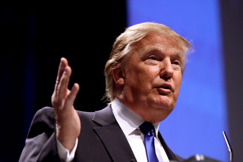 Tre mogli e tanti affari: la biografia di Donald Trump