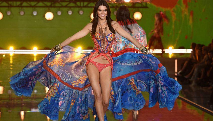 Kendall Jenner compie 21 anni: 10 curiosità sulla it-girl del momento
