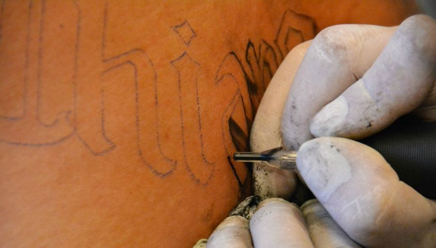 Quanto fa male un tatuaggio?