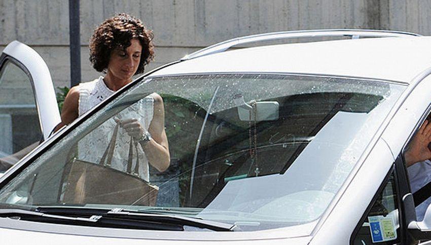 Agnese Renzi investe motociclista con la sua auto