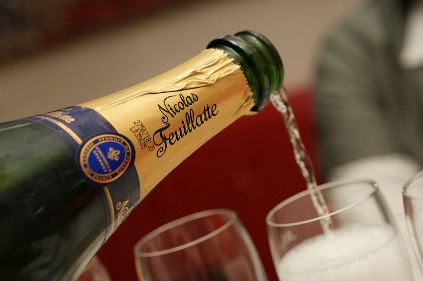 Come conservare lo Champagne: posizione, temperatura, umidità e luce ideale