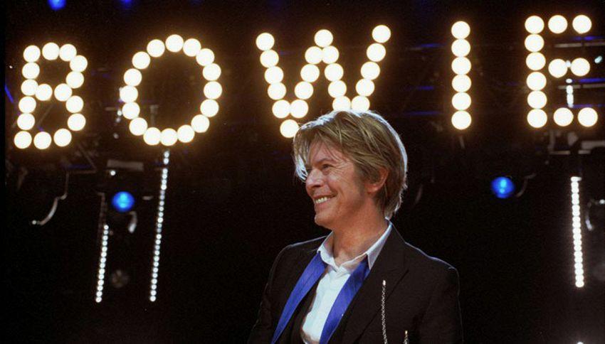 David Bowie: a un anno dalla morte, celebrazioni e nuove canzoni