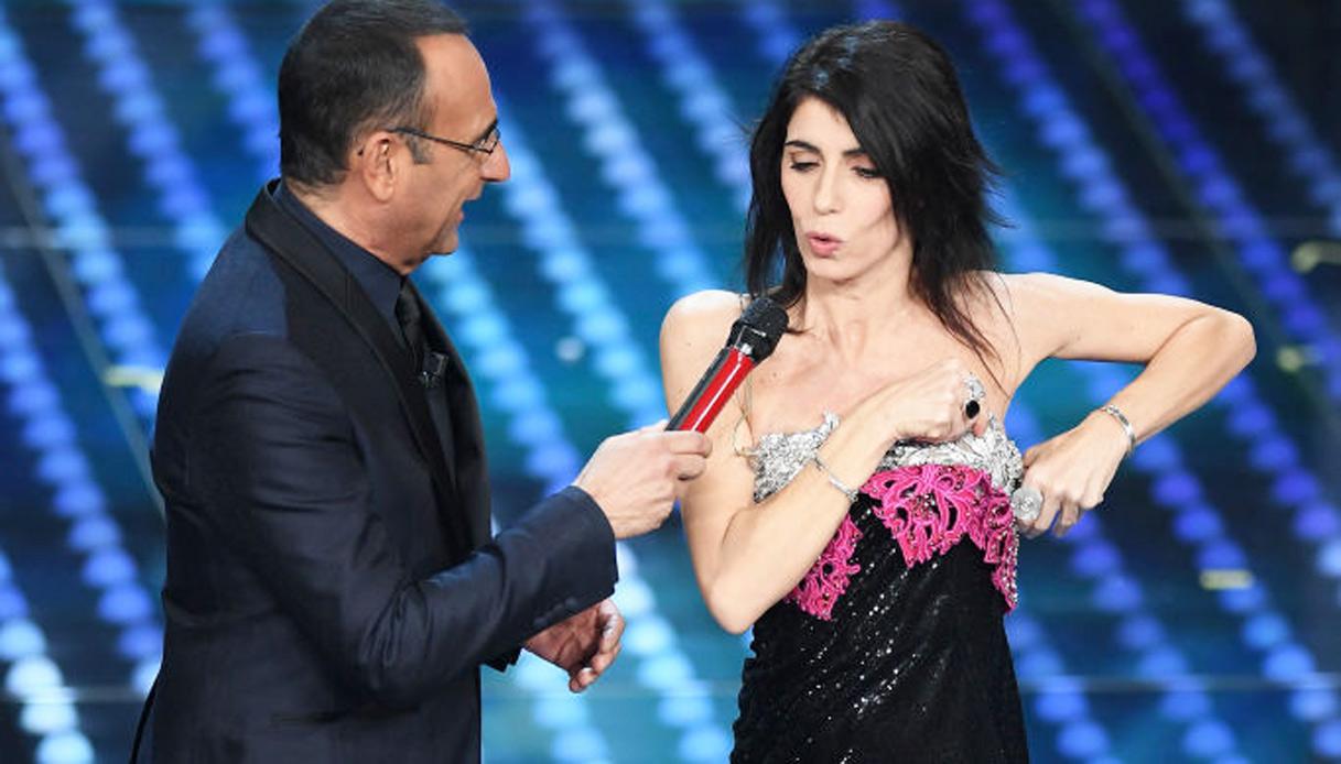 Sanremo: Giorgia incanta ma l'abito continua a scivolare ...