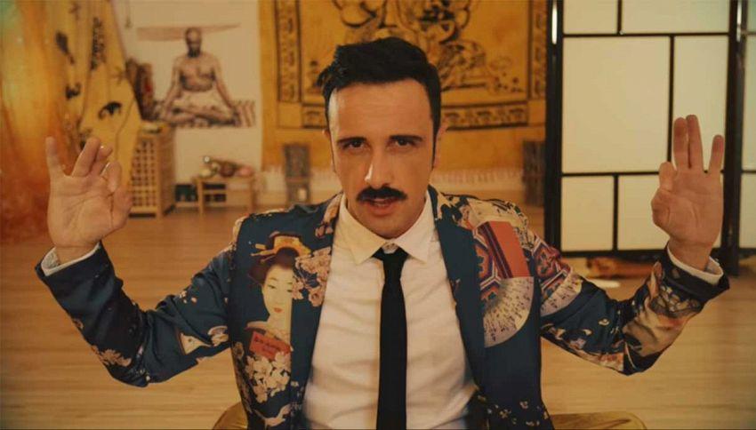 Occidentali's Mamma, la parodia del tormentone di Gabbani