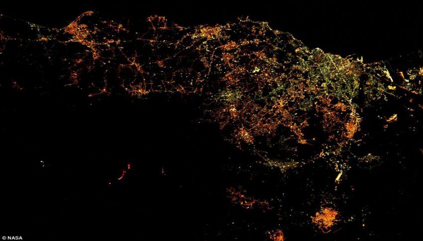 Dov'è il vulcano? Un astronauta fotografa l'eruzione dell'Etna