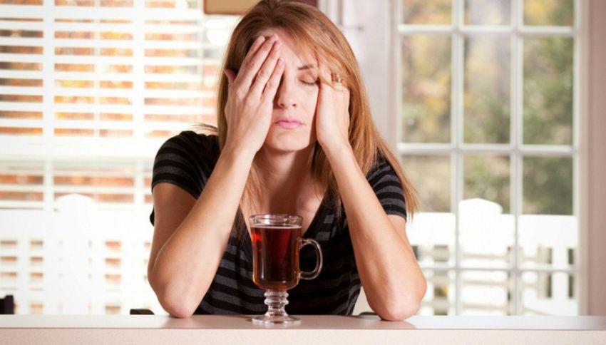 Perché gli effetti delle sbornie peggiorano con l'età