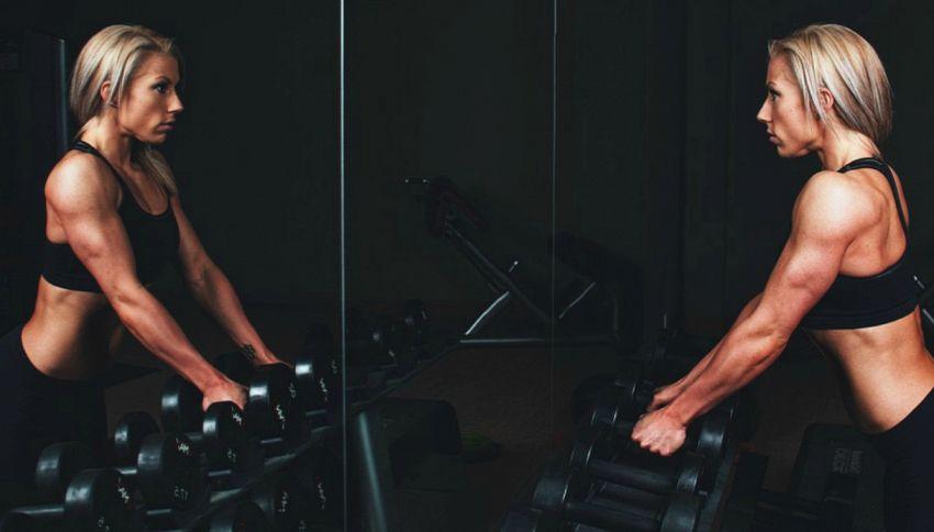 3 settimane di esercizi per rinforzare le braccia