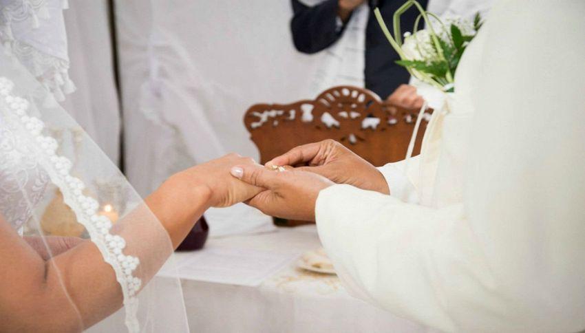 Cause matrimoniali gratis, il sito è preso d'assalto
