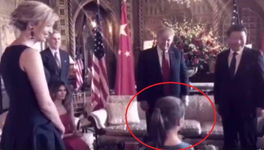 La figlia di Ivanka canta in cinese, Trump estasiato