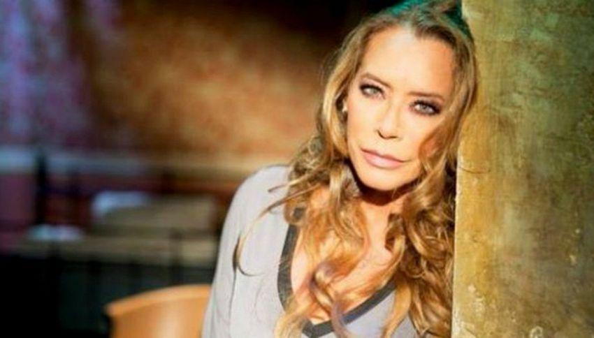 Barbara De Rossi a Selfie - Le cose cambiano con Simona Ventura