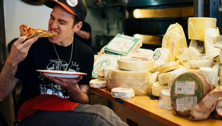 La pizza ai 101 formaggi esiste e dovete provarla
