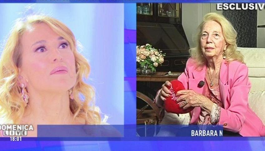 Sorpresa in diretta per Barbara D'Urso: ecco la reazione