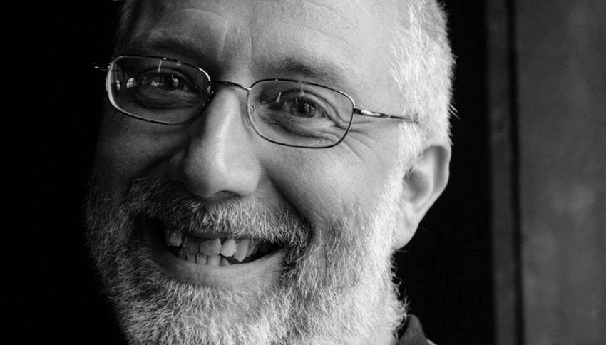 Prete innamorato lascia la chiesa: la nuova vita di Don Marco