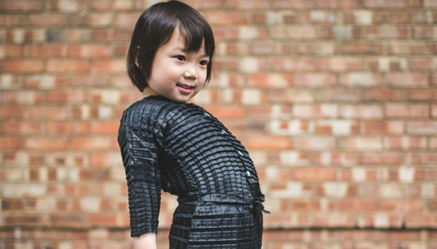 Petit Pli: il vestito che cresce insieme a chi lo indossa
