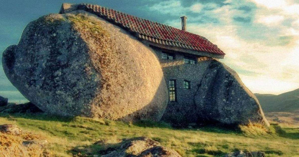 La casa dei flintstones esiste e si trova in portogallo