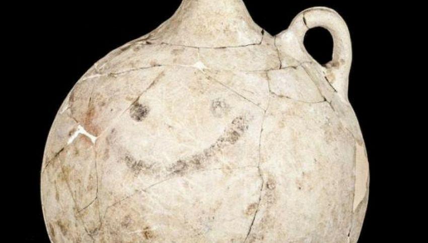 Le emoji esistono da 3700 anni: il caso dello smiley più antico