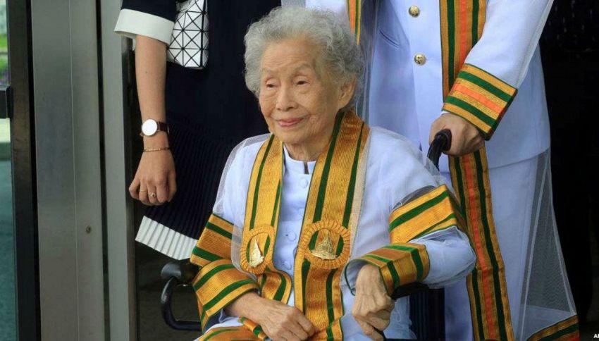 """Prende la laurea a 91 anni: """"Non è mai troppo tardi!"""""""