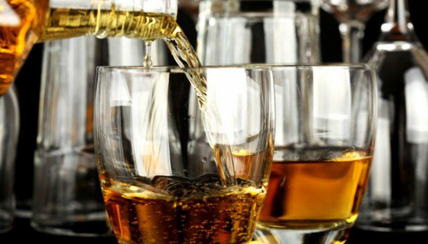 Pagati per bere whisky: ecco il lavoro che stavi cercando