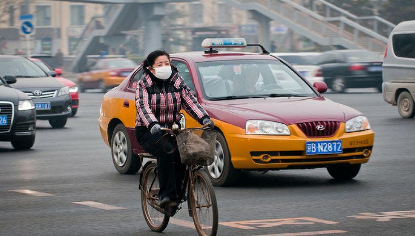 Arriva la bici che pulisce l'aria