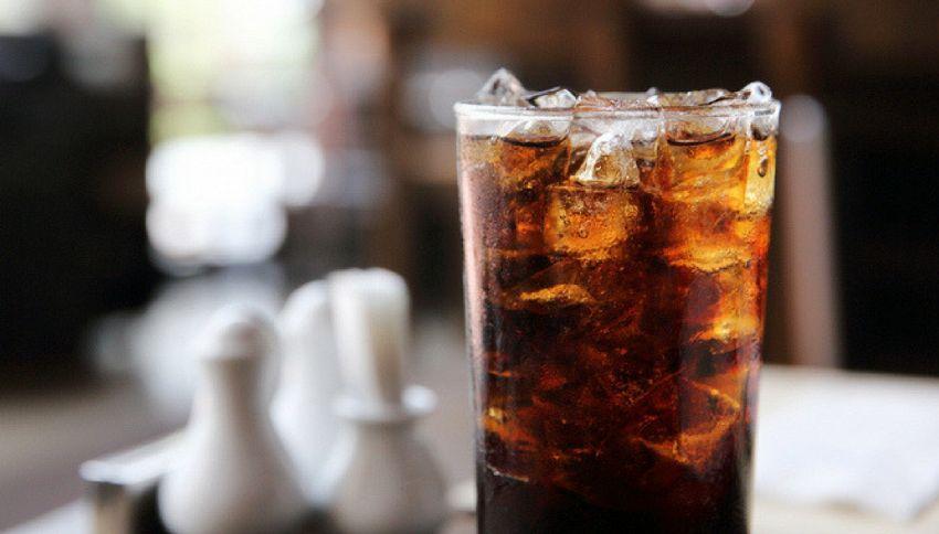 5 cose strane che puoi fare con la Coca Cola