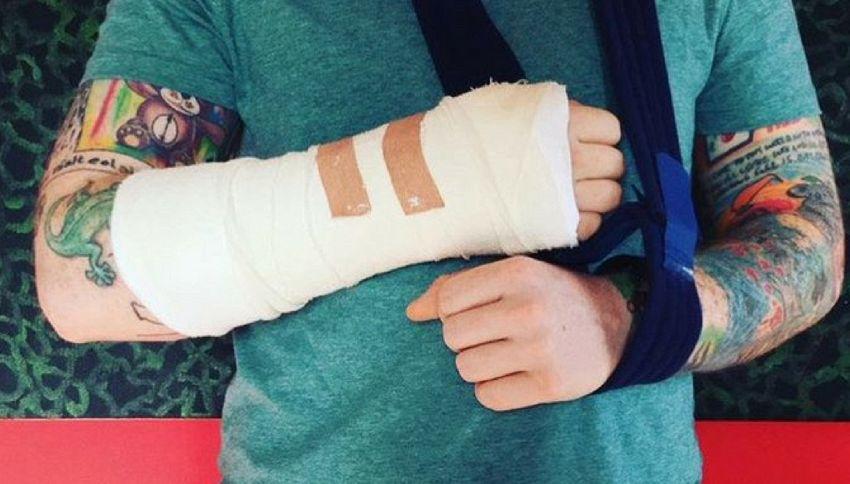 Ed Sheeran ricoverato d'urgenza in ospedale: ecco cosa è successo