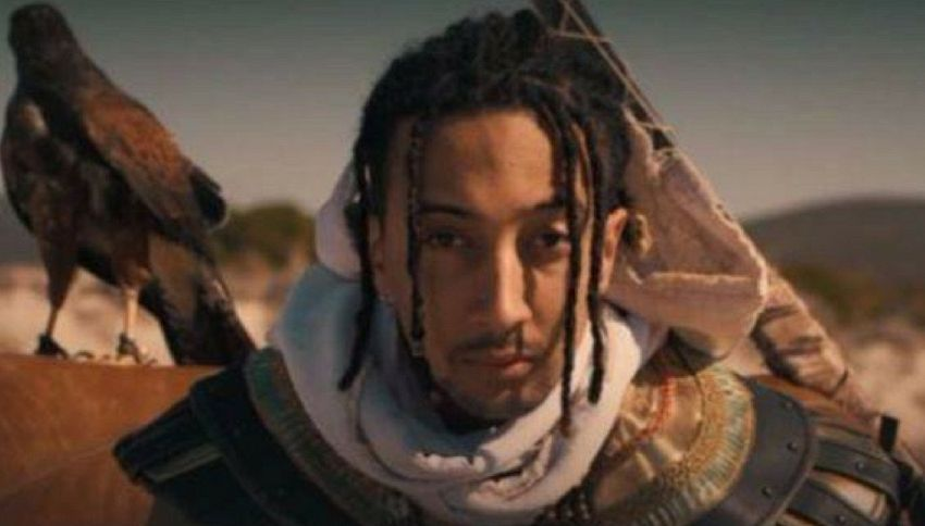 Ghali finisce dentro Assassin's Creed