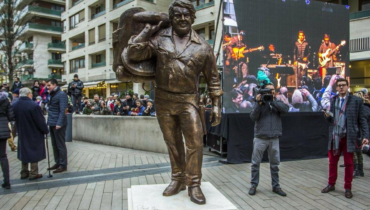 Budapest-statua-Bud-Spencer.jpg?w=850&a=r