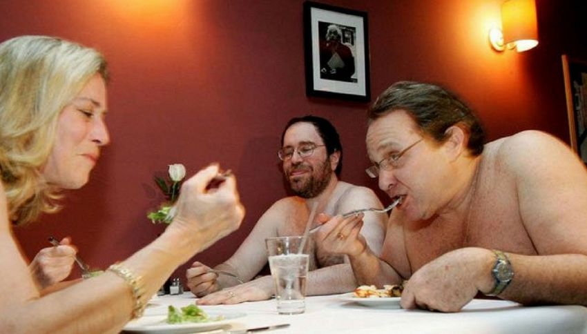 O'Naturel, a Parigi il ristorante in cui si mangia nudi