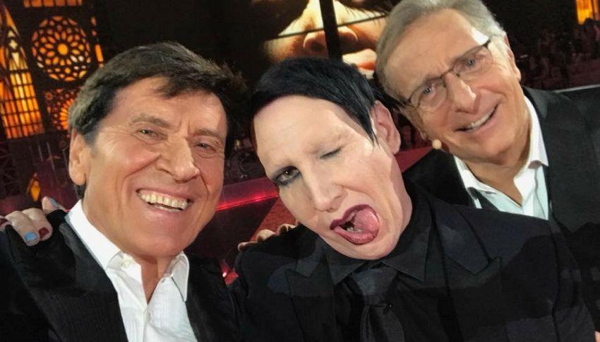 Il selfie di Gianni Morandi e Marilyn Manson è la foto del giorno