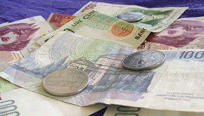Eredita un miliardo di lire, ma per la banca è carta straccia