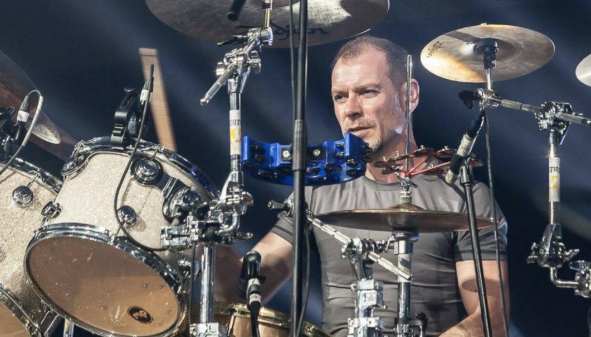 Chi è Fergal Lawler, il batterista dei Cranberries