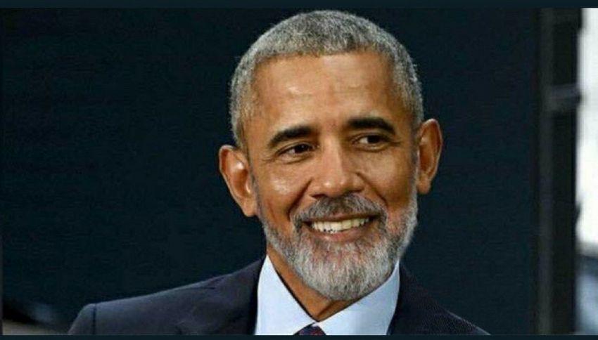 Barack Obama con la barba fa impazzire il web