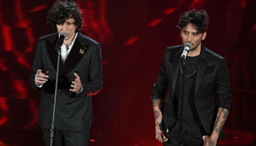 Dalle palline alle sedie: le strane cose vietate all'Eurovision