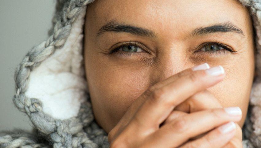 Ecco perché le donne hanno spesso le mani fredde