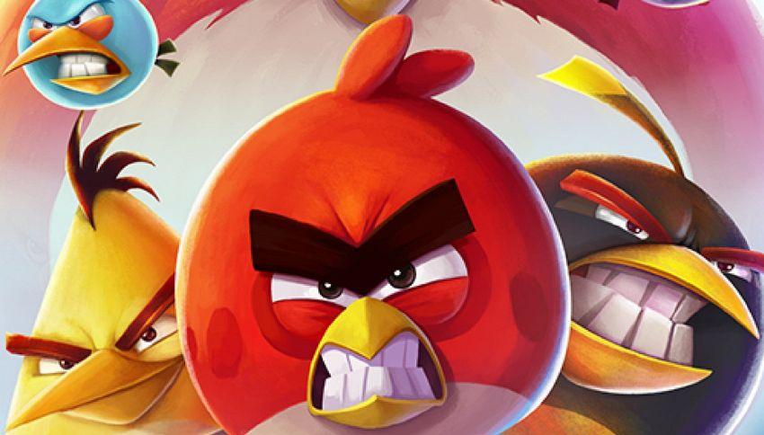 Su Instagram gli uccellini di Angry Birds volano nel mondo reale