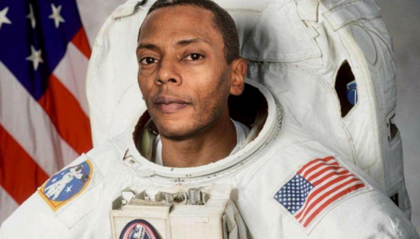 Jeff Mills è il primo dj al mondo a suonare nello spazio