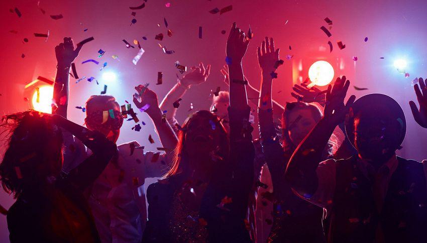 I crediti formativi adesso si guadagnano anche in discoteca