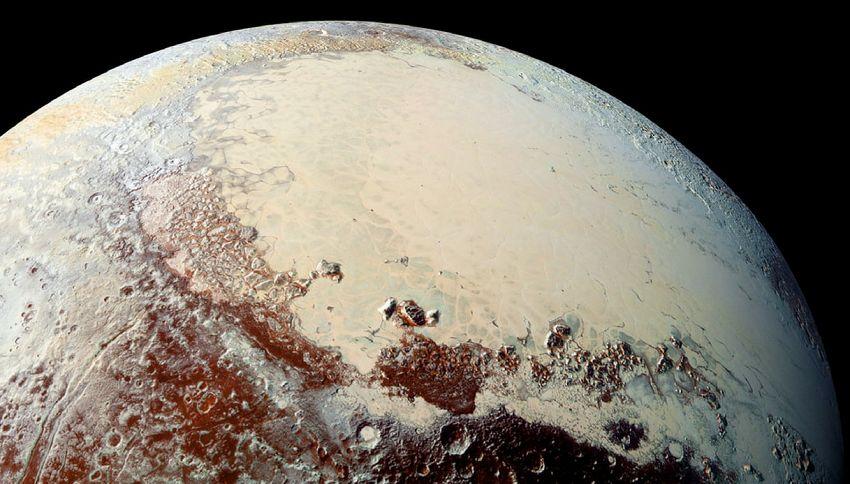 Plutone, il pianeta nato dall'incontro di miliardi di comete