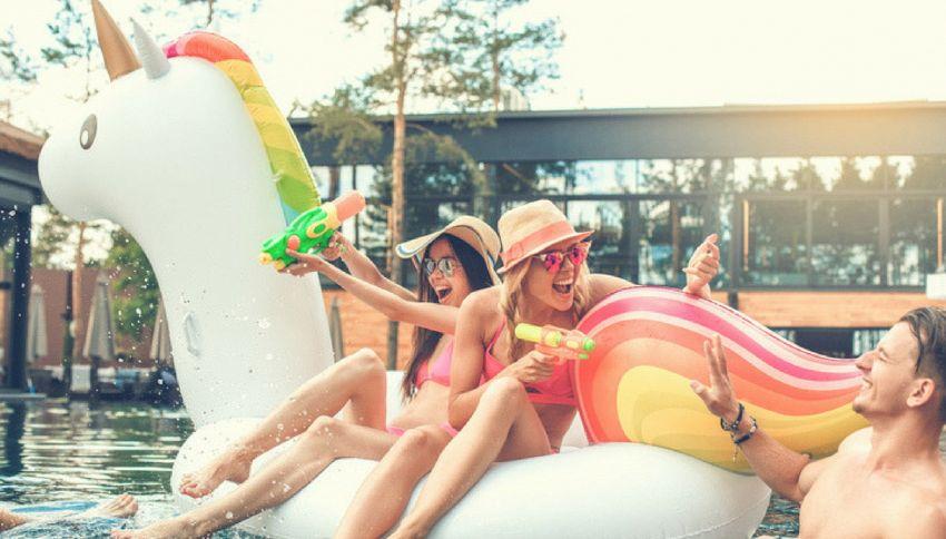 Come sono nati i trend dell'estate 2018? Ce lo spiega ScuolaZoo