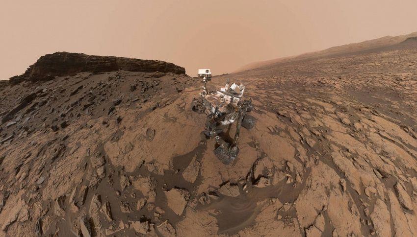 Un selfie da Marte: lo strepitoso scatto di Curiosity