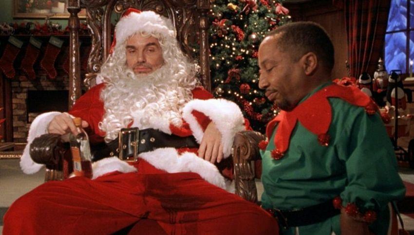Scandalo in Lapponia: l'elfo guadagna più di Babbo Natale