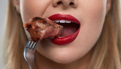 Dieta chetogenica: pochi carboidrati e tante proteine