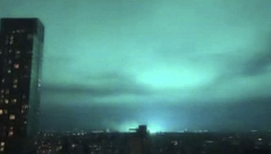 Misteriosa luce aliena nei cieli di New York