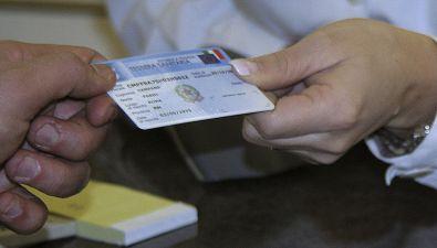 La tessera sanitaria vale come documento di identità?
