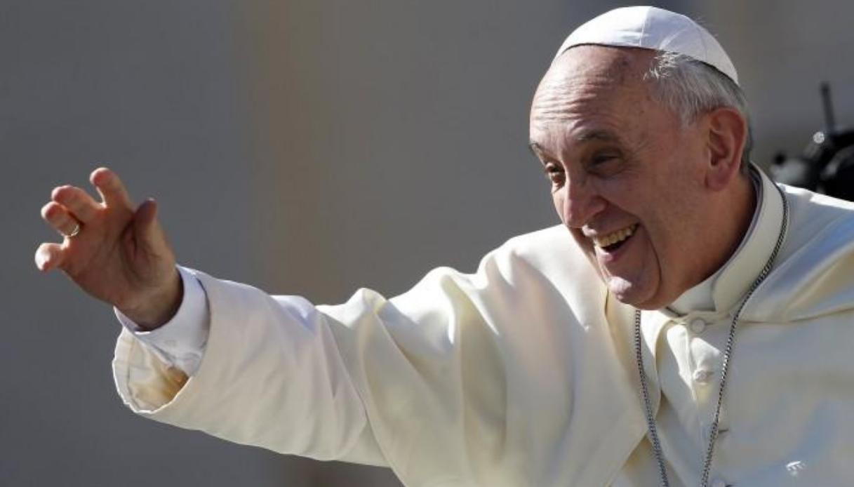 L'app per pregare con il Papa arriva sugli smartphone