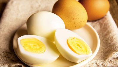 Come sgusciare l'uovo sodo in modo perfetto