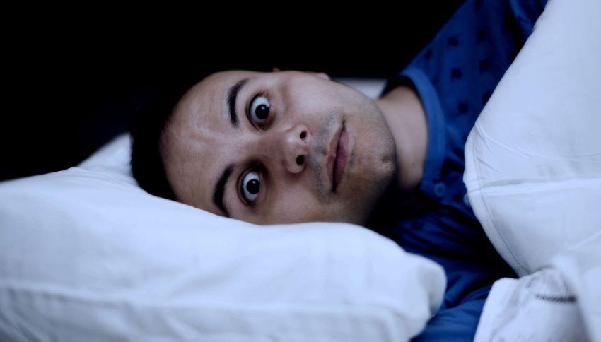Dormi poco? Ecco gli effetti negativi sul cervello
