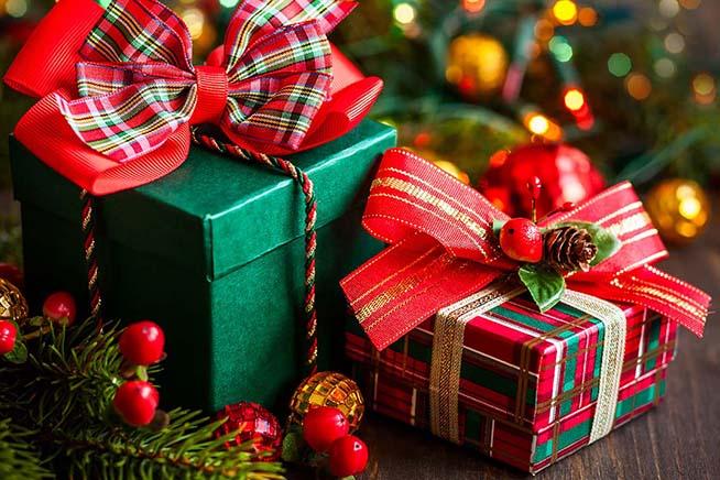 Top Natale 2016, le migliori idee regalo hi-tech a meno di 50 euro  VA71