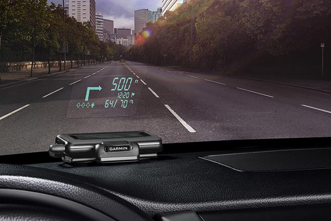 Vuoi scoprire come trasformare la tua auto in una smart car? Premi sull'immagine